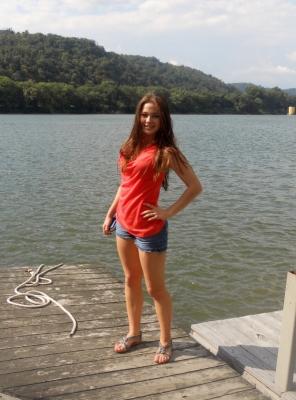 Екатерина Х., участник 2011 года, размещение штат Западная Вирджиния