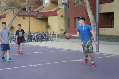 Известный баскетболист нашей группы Родион :)