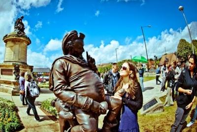 Стратфорд-на-Эйвоне - памятник Шекспиру