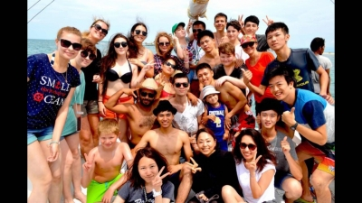 С новыми друзьями на море