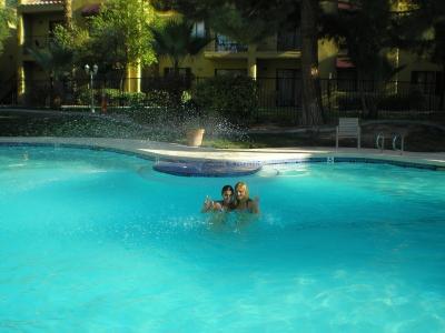 Бассейн в отеле Лас Вегаса